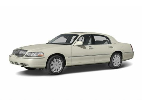 2004 Lincoln Town Car Reviews Ratings Prices Consumer Reports