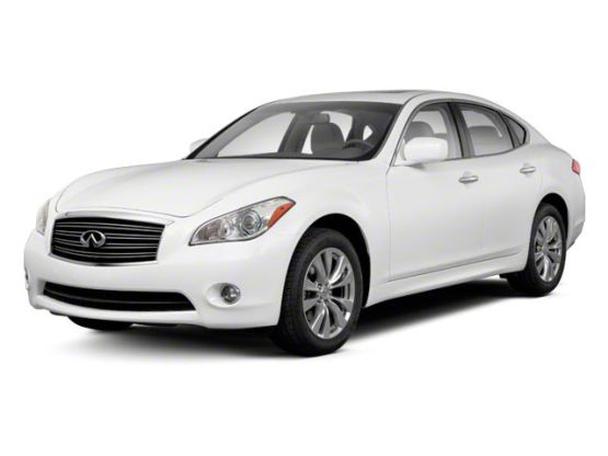 Infiniti M 2017 Quick Quiet And Roomy The Redesign Also Scored Well A Not So Impressive Rear Drive Hybrid Version Was Introduced