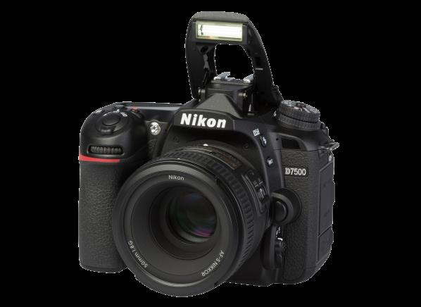 Nikon D7500 w/ AF-S 50mm