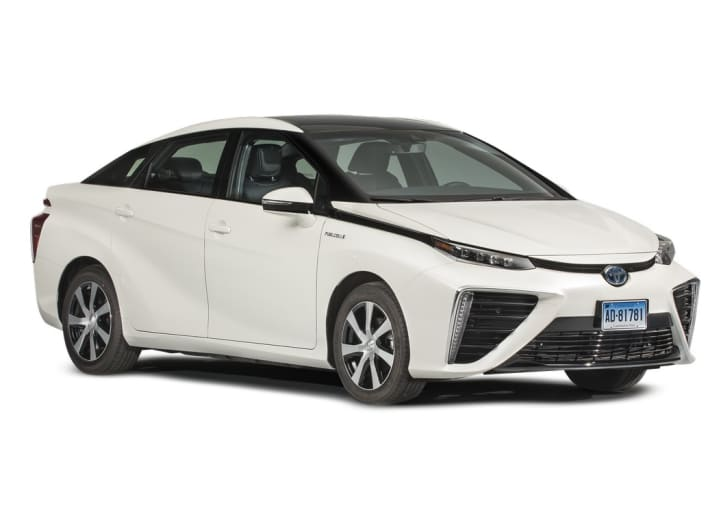 2020 Toyota Mirai Road Test Consumer Reports