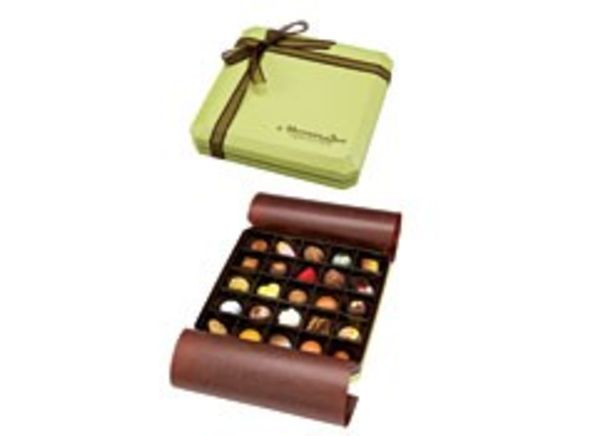 Norman Love Confections 25 Pc Signature Chocolate Gift Box Summary