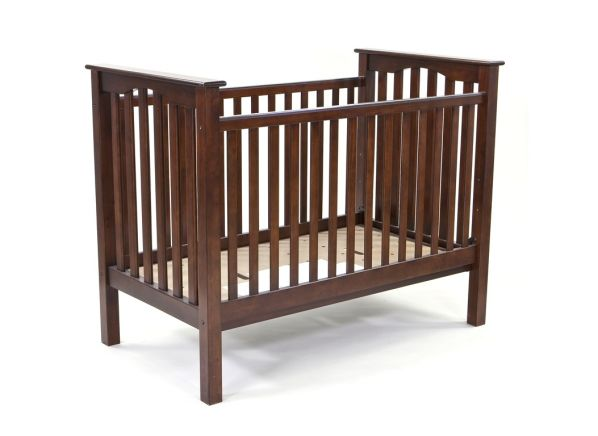 Pottery Barn Kids Kendall Fixed Gate crib
