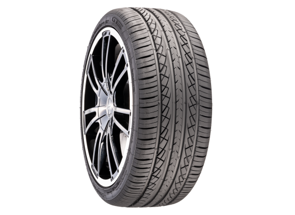 GT Radial Champiro UHP AS tire