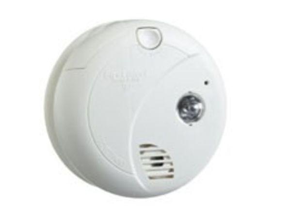 First Alert SA720CN smoke detector