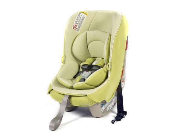 Combi Coccoro car seat