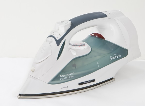 Consumer Reports Irons ~ Sunbeam gcsbcl steam iron consumer reports