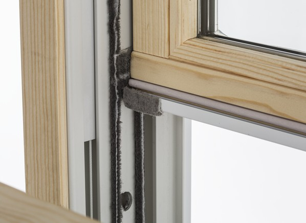 Lincoln fit home window consumer reports for Double hung window reviews