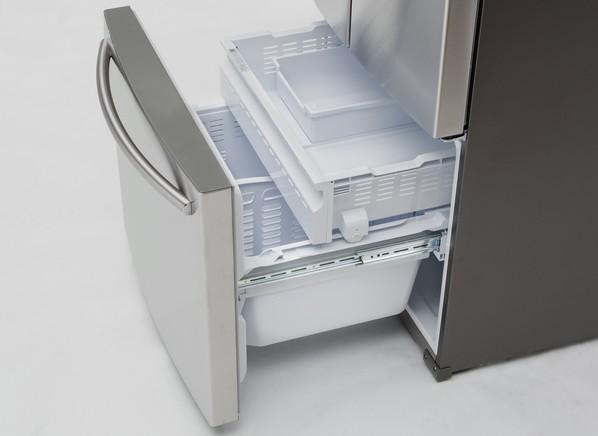 Side By Side Refrigerator >> Samsung RF220NCTASR Refrigerator - Consumer Reports