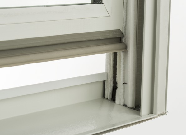 Pella impervia home window consumer reports for Best double hung windows reviews