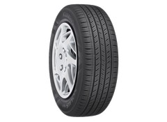Kumho Solus TA31 performance all season tire