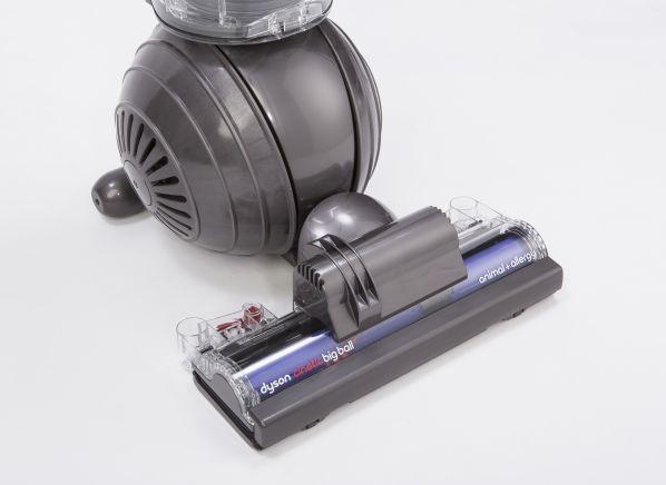 dyson cinetic big ball animal allergy vacuum cleaner. Black Bedroom Furniture Sets. Home Design Ideas